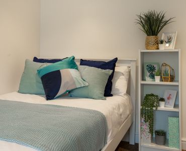 Cheap and easy ways to decorate your new student room