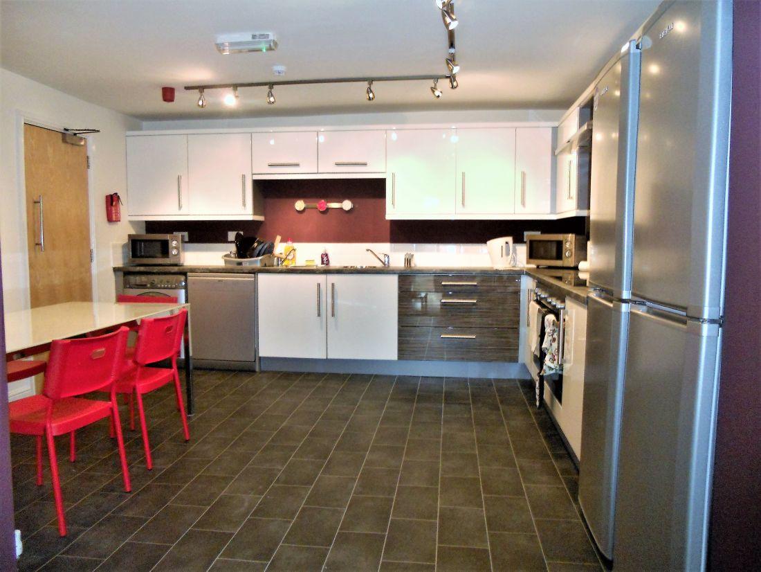 355 Crookesmoor Rd Image